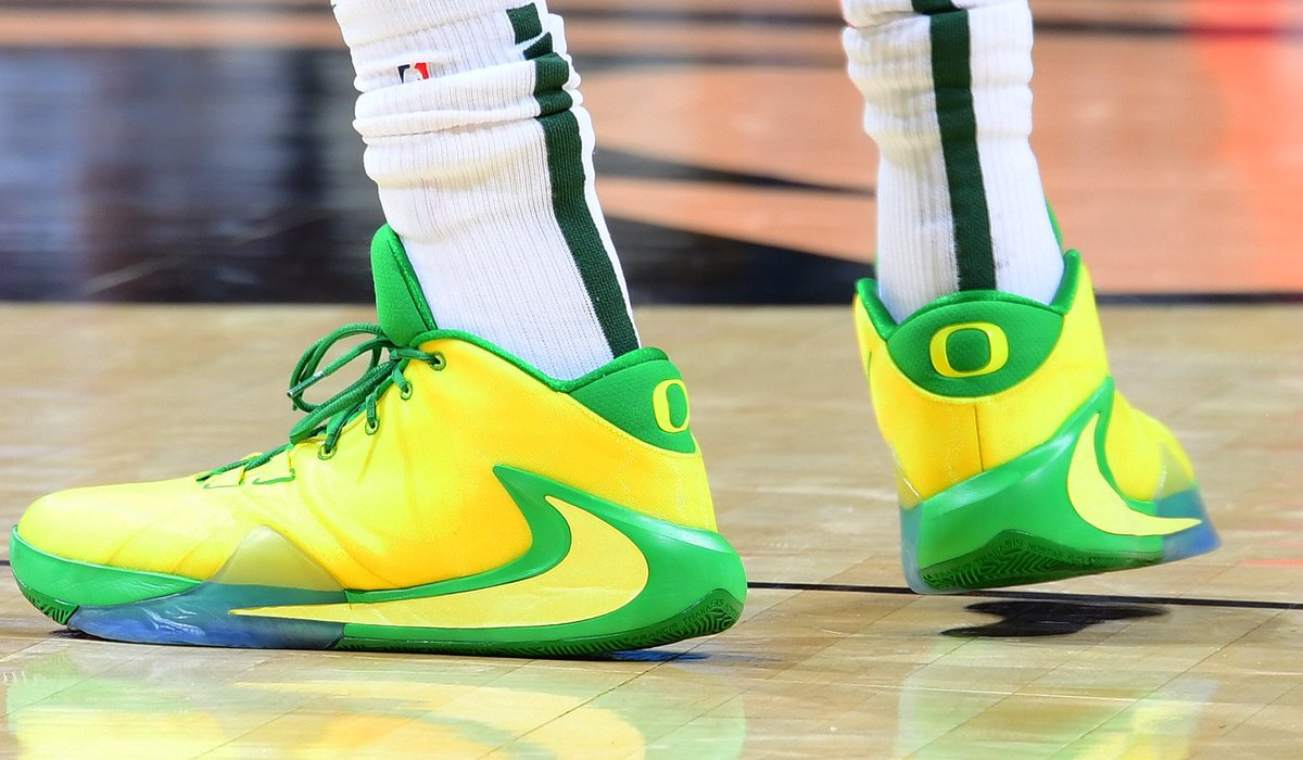🦆 Nike Zoom Freak 1s for @Giannis_An34! #NBAKicks