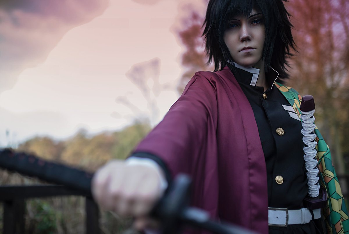 Kimetsu no Yaiba Part 3/9  Tanjiro: (Ig) kairi_in_cosplayland Giyuu by me Photo by fotofutura Edit by kairi_in_cosplayland  #giyuucosplay #demonslayer #cosplay #cosplayer #鬼滅の刃 #kimetsunoyaiba #鬼滅の刃コスプレ #kimetsunoyaibacosplay #冨岡義勇 #tomiokagiyuu #太秦映画村pic.twitter.com/TJ7mImFDOu