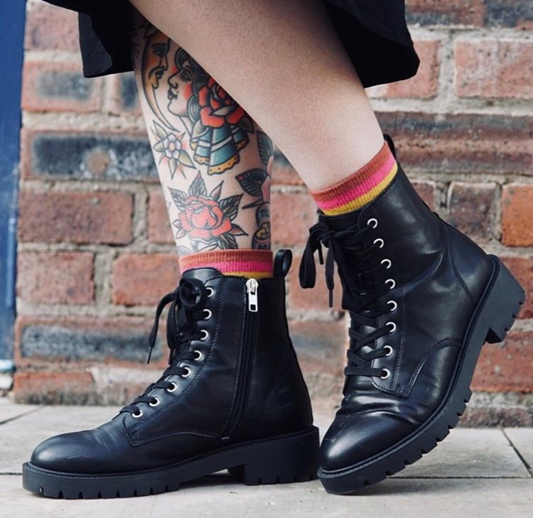 Are you sitting down? It turns out you don't need to buy clothes that you will only wear once #stylewithkindness #sustainablefashion #socks #ethicalfashion #ethicallymade #sustainablewardrobe #tbt #kindsocks #socksofinstagram #tattoo #winter #autumn