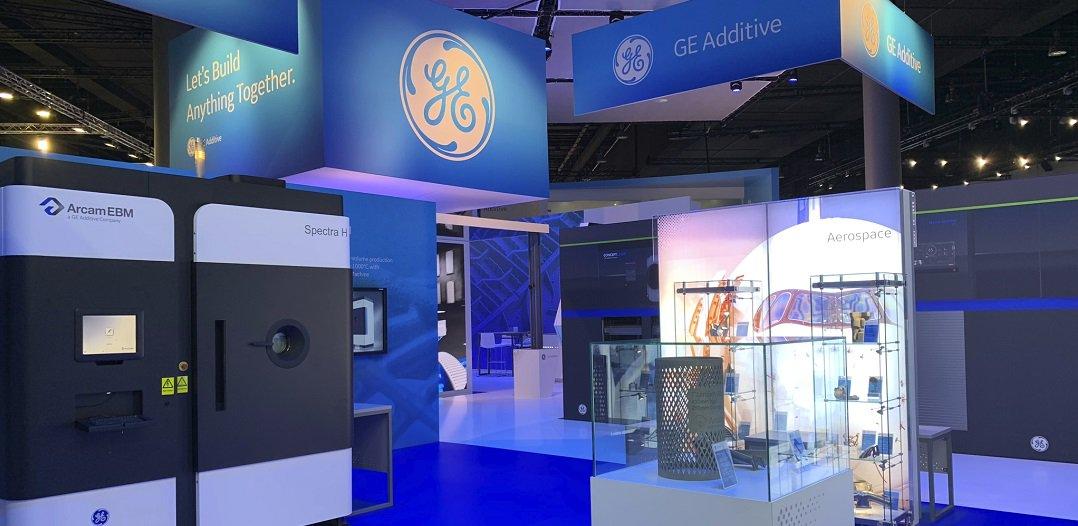Auf der @formnext_expo stellt @GEAdditive zwei neue Maschinen für die #additiveFertigung vor, den Arcam EBM Spectra L und den Concept Laser M2 Series 5, die speziell für die Bedürfnisse der Industriepartner von GE entwickelt wurden ▶️https://t.co/mm26CWJmNR https://t.co/kjDfaUZJ3h