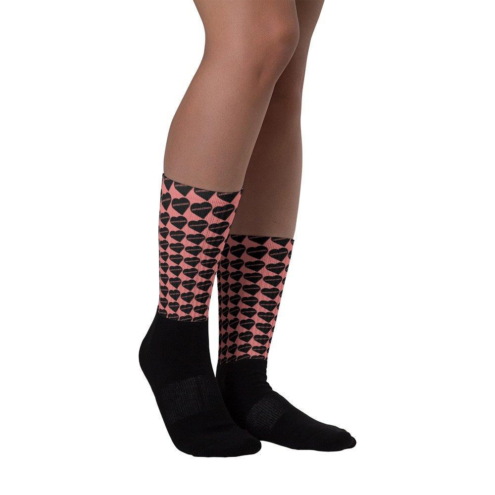 #supurcozmos #fits #footwear #streetstyle #streetwear #tshirts #clothing #accessories #socks #hats #hypebeast #fashion SUPURCOZMOS Sweet Heart Socks https://supurcozmos.com/index.php/product/supurcozmos-sweet-heart-socks/…