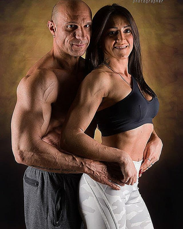 La complicità la stessa passione @cassandra_malini_   #bikinicontender  #bikinigirls  #bikiniconpetitor  #muscoli  #fitcouple  #coppiafitness  #bodybuilding  #bodybuilder  #evershapefamily  #shape  #love  #gymmotivation  #fitnessmotivation  #culturafisica  #mixedpairch…   https://ift.tt/35kDms9