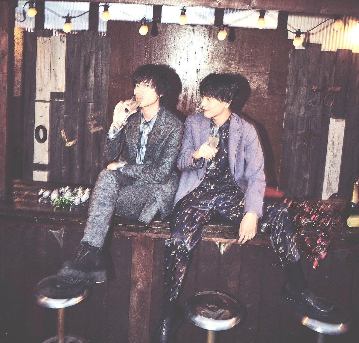 #JUNONTV に #黒羽麻璃央 くんと #山本一慶 くんの動画がUPされました!メリークリスマスで盛り上がる仲良し2人!ニコニコ笑顔、たまりませんぞ♡