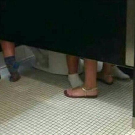 いや、トイレでドッヂボールすんなしw