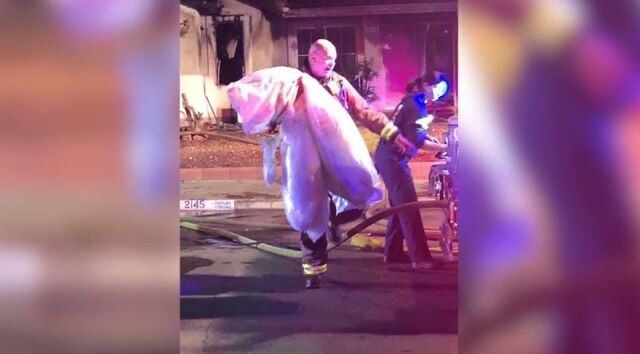 Firefighters save wedding ring, dress after couple's home goes up in flames https://t.co/H5KDR2qPjg https://t.co/zRo8kWIO0X