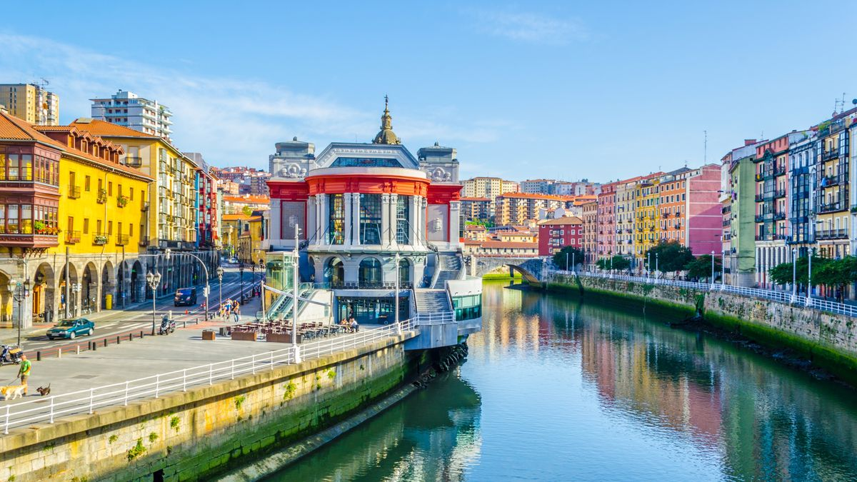 North Spain: Bilbao for Valentine's Day - 3nts stay at a 4* well-located hotel incl. flights from £148pp http://dlvr.it/RJmYWX   #SME #WednesdayWisdom #ThursdayThoughts #FridayFeeling #SaturdayMorning #SundayMorning #MondayMotivation #TuesdayThoughts #S…