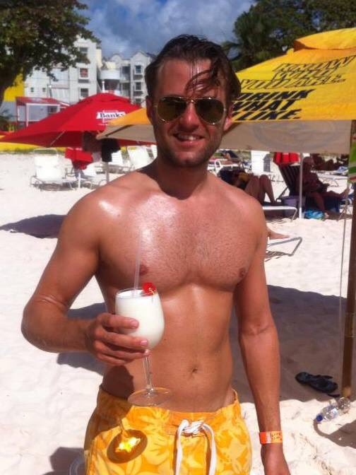 #tbt  Barbados about 6 years ago. Definitely missing Carlisle bay on a cold day like today. And absolutely missing that waistline 🤣