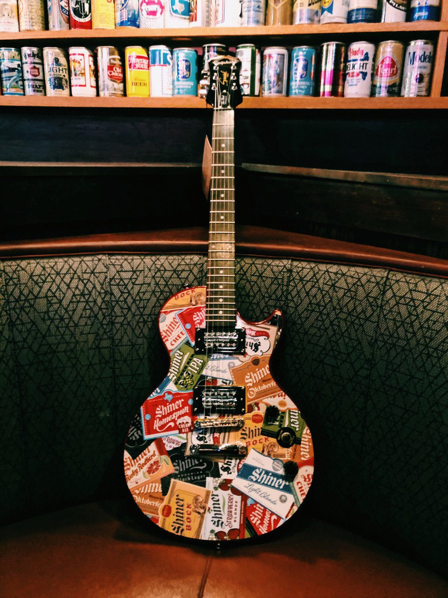 Sports Bash is Live today at @ChickiesnPetes in EHT.  You can win this Shiner Bock Epiphone guitar during the #PennState vs #OSU game this Saturday!   Plus they have Wilder vs Ortiz fight on PPV at 9pm.
