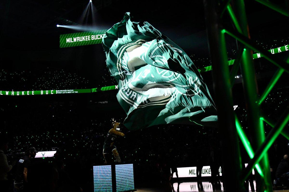 NBA 🏀 ODDS  @TrailBlazers 🆚 @Bucks  ↔️ MIL -13 💰 MIL -1000 💰 POR +650 📈📉  229.5  1st Half ↔️ MIL -7.5 💰 MIL -560 💰 POR +370 📈📉  111.5 📺 8, @NBAonTNT 📊 @888Sport  NBA Thursday Picks: https://bookies.com/nba/odds  #FearTheDeer #RipCity