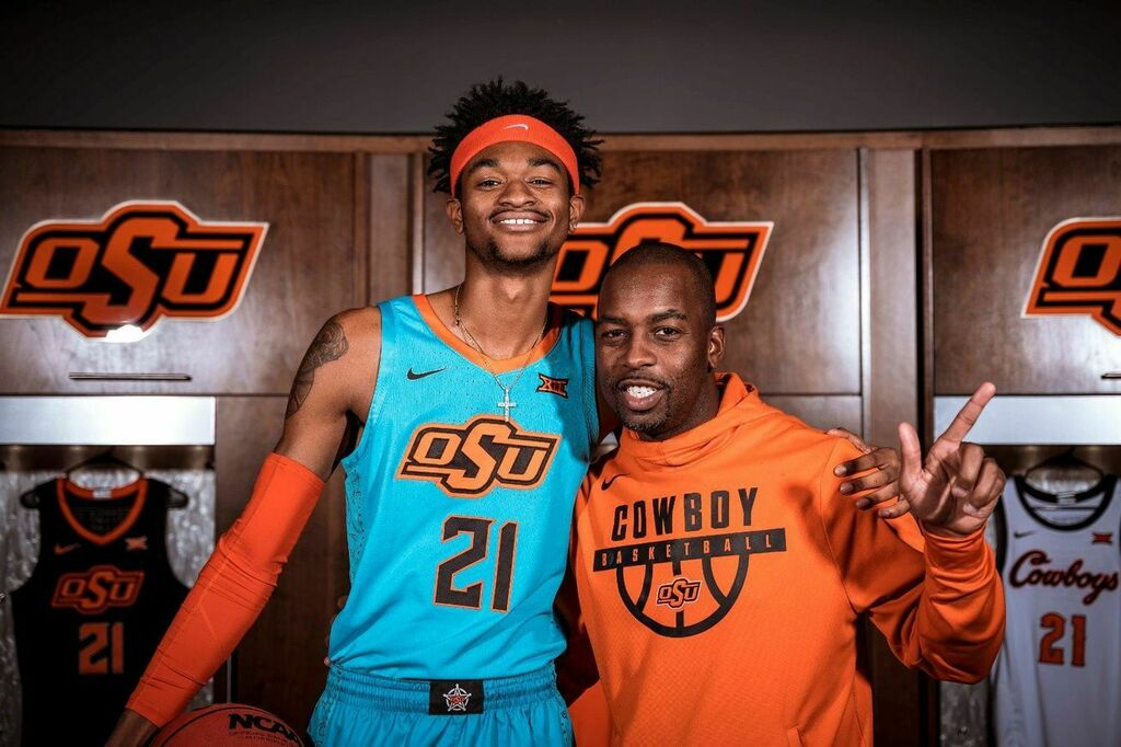 #GoPokes #OSU  3-star forward Montreal Pena commits to Oklahoma State
