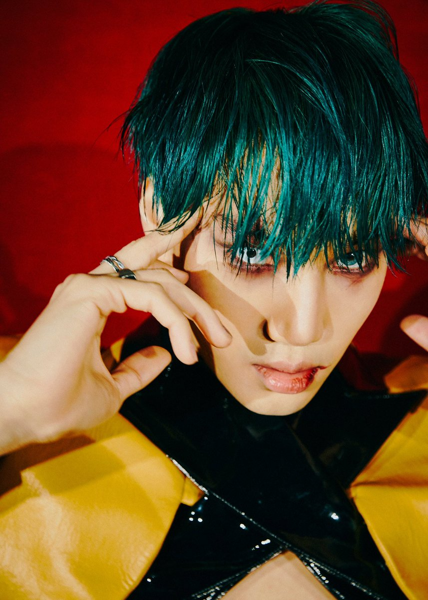My fave #EXO #OBSESSION teasers:  1. KĀI 2. SUHØ   These two are the creepiest. Kai is  totally into the new concept with his style, gaze, vibe. He is the most devilish one and Suho's style is on fire too   #ObsessedWithKai #CASE88 #ObsessedWithKAI #CASE01  @weareoneEXO<br>http://pic.twitter.com/IPFqDYe7LN