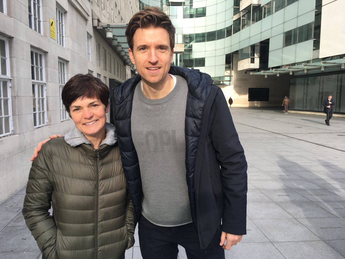 You never know who you're going to bump into at the BBC! @ellenmacarthur met BBC R1 Breakfast show host, @gregjames and explained how @emctrust trips help young people to rebuild their #ConfidenceafterCancer