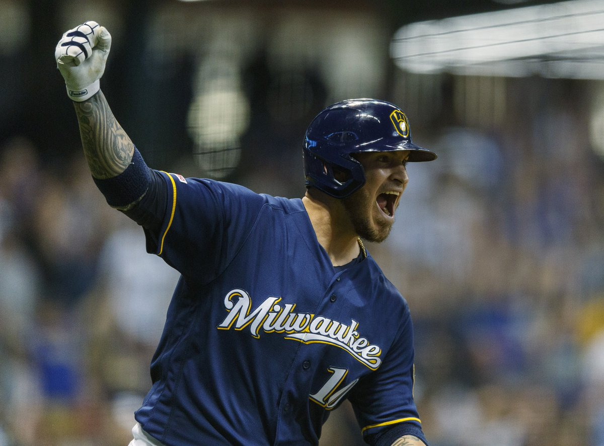 @whitesox sign catcher Yasmani Grandal! #wcr