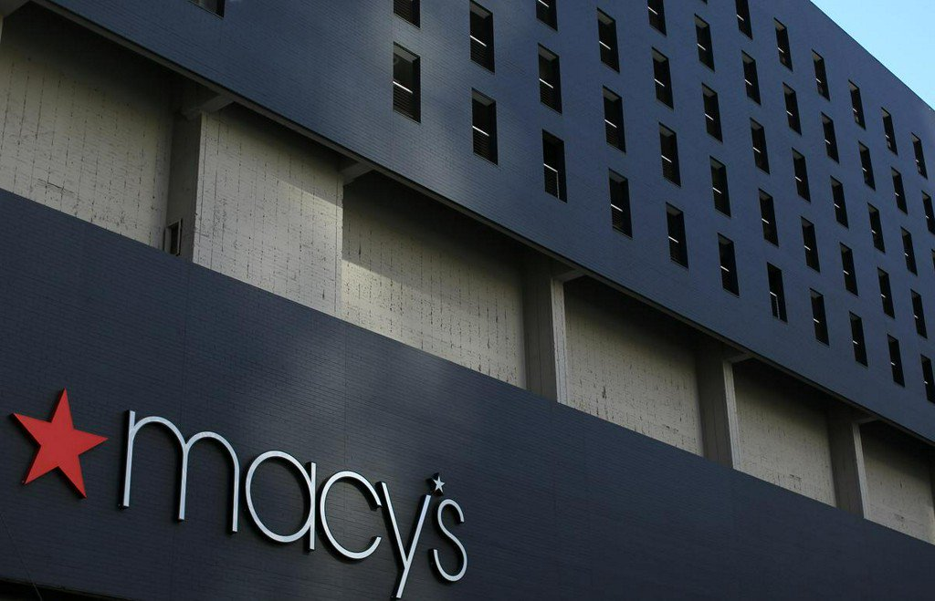 Macy's cut profit outlook after weak quarter; confident for holiday