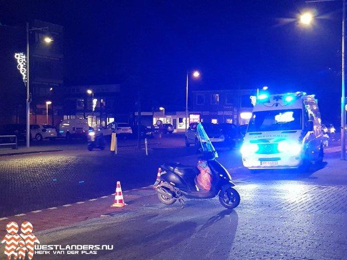 Scooterrijdster gewond na doorrijden automobiliste https://t.co/cZV6ZfrP4m https://t.co/uI7bWJAuQu