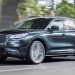Image for the Tweet beginning: 2021 #LincolnCorsair Grand Touring brings