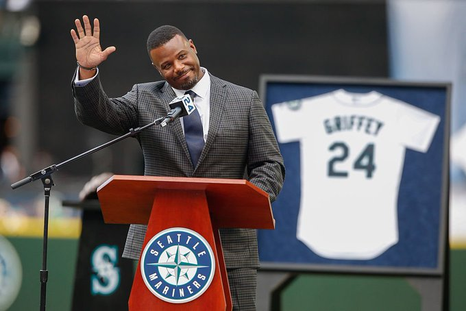 Happy 50th Birthday to legend Ken Griffey, Jr.!