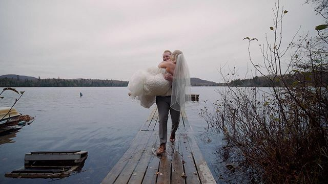 Riley is a true gentleman!  Watch the full elopement film: https://youtu.be/V46Pyyop5PA  #elopementwedding #montrealwedding #mariagemontreal #cinematicwedding #weddingwirecanada #elopementlove #weddingvideographer #weddingfilm #elopement #lumix #videographer… https://ift.tt/37kkCLcpic.twitter.com/0XzM2ygftY