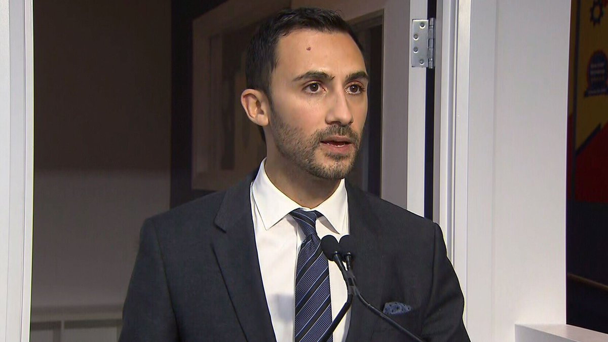 WATCH LIVE: Ontario Education Minister Stephen Lecce makes an announcement: