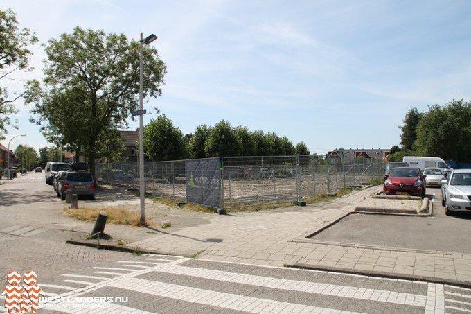 RvS wil nieuw exploitatieplan voor centrum Den Hoorn https://t.co/OD9N4It9GE https://t.co/b7BsKGktl3