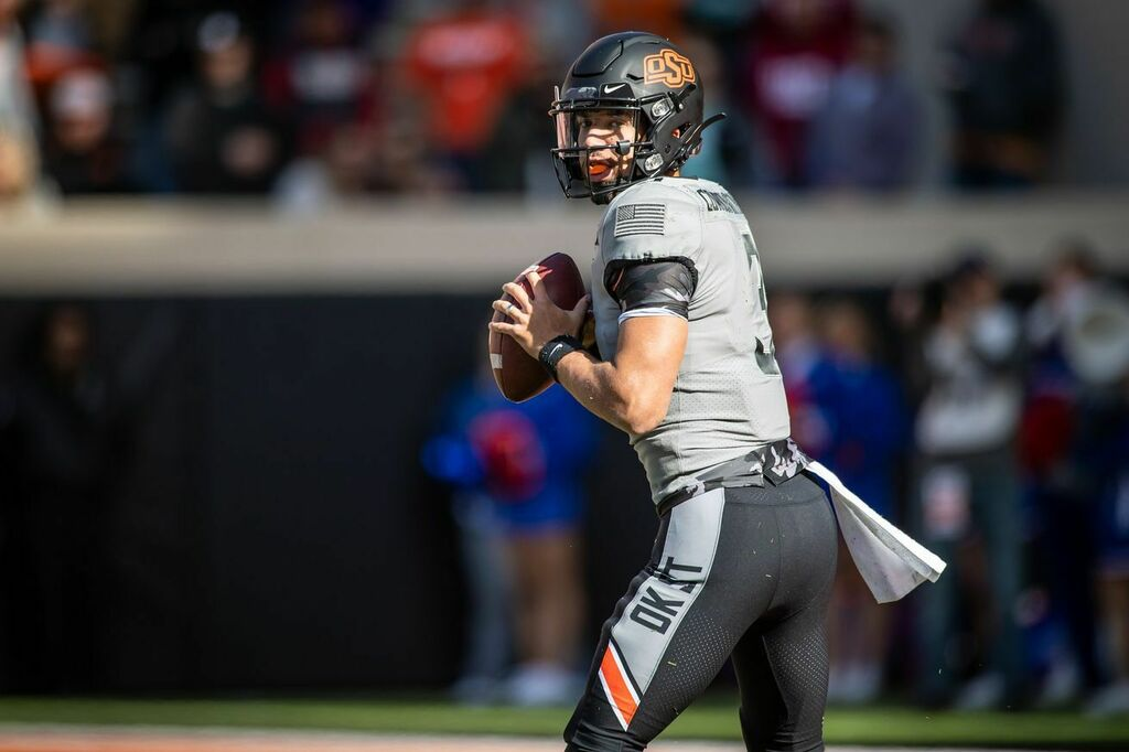 #GoPokes #OSU  Oklahoma State's Spencer Sanders out for regular season after thumb surgery, per reports