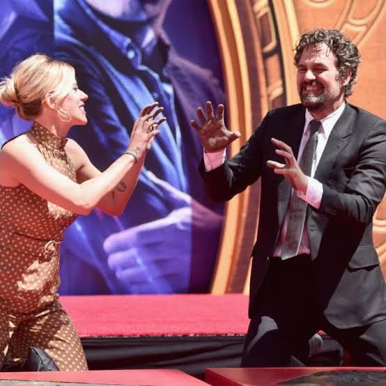 "\""Happy Birthday Scarlett Johansson & Mark Ruffalo!!\"""