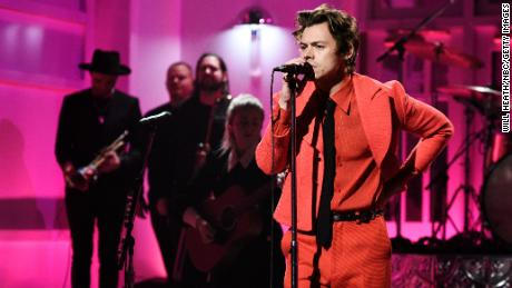 Which song do you want to hear #HarryStyles perform when he takes the stage next year?? We have your chance all day today to win your tickets to see him! Keep listening to win!