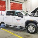 Image for the Tweet beginning: GM, Isuzu build diesel engine