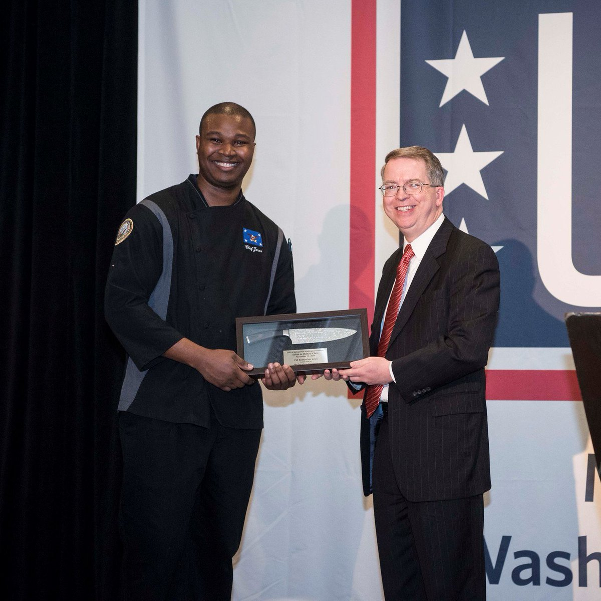 It was an honor to introduce Culinary Specialist Second Class Petty Officer Romarchio Jones (Secretary of Defense Mess) at the 22nd annual @USOMetroDC Salute to Military Chefs. PO2 Jones showcased his culinary talents along with other select military chefs during the event.