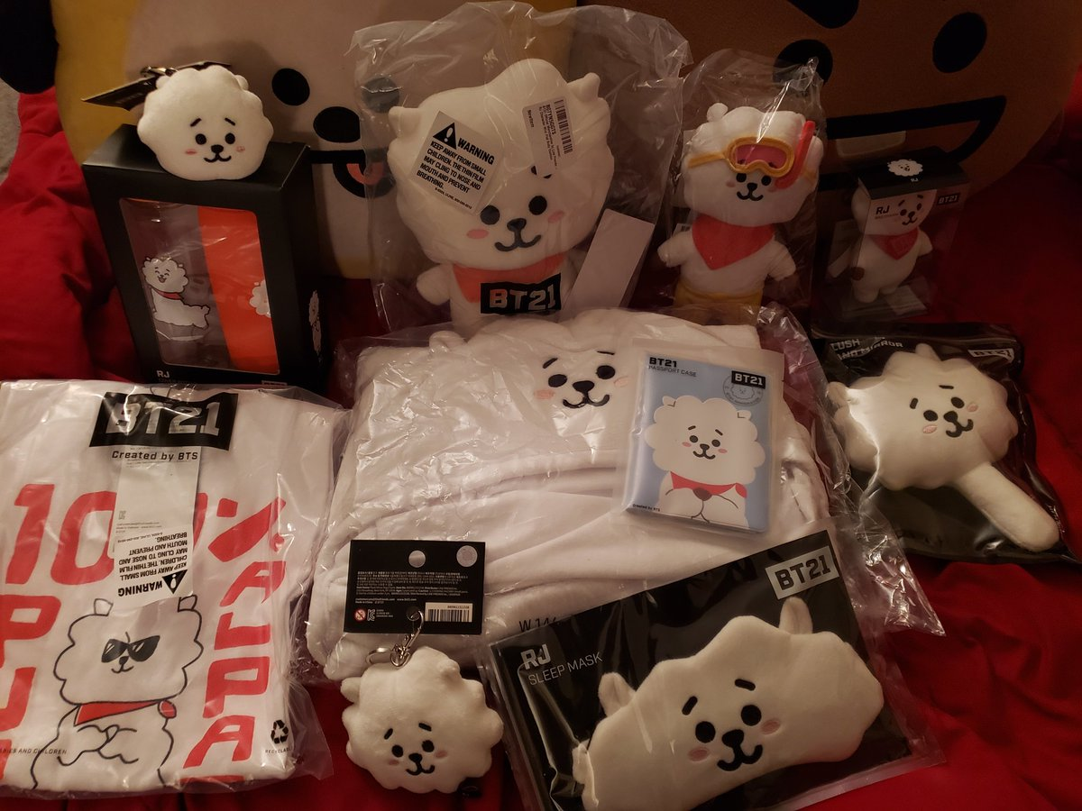 SEOKJIN BIRTHDAY GIVEAWAY  - Finally, geez  - Like, follow, RT! - Comment ur Jin pics or dad jokes - RJ LIVES BETTER THAN US ALL - 11 winners, WW (shirt is L) - Ends Dec 1st  <br>http://pic.twitter.com/2k46uEGu73