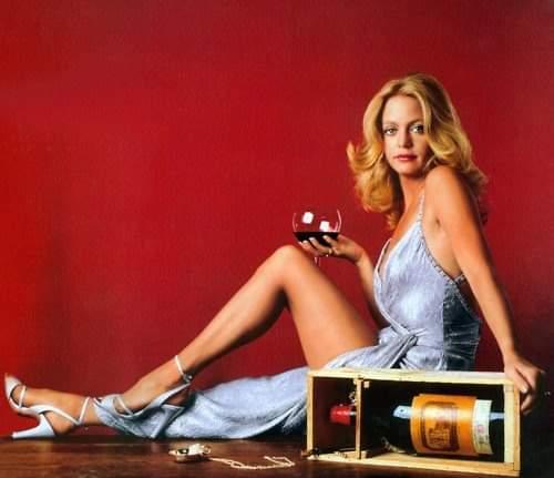 Happy birthday Goldie Hawn.