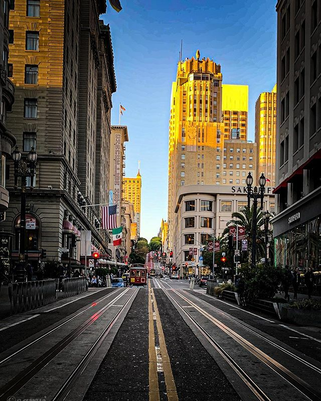 And that's a wrap !! Hugely successful trip .. @dreamforce #work #travel #travelphotography #travelling #city #citylife #cityscape #streetphotography #streetstyle #instatravel #instagood #sanfrancisco #architecture #beautiful #evening https://ift.tt/34bWybr
