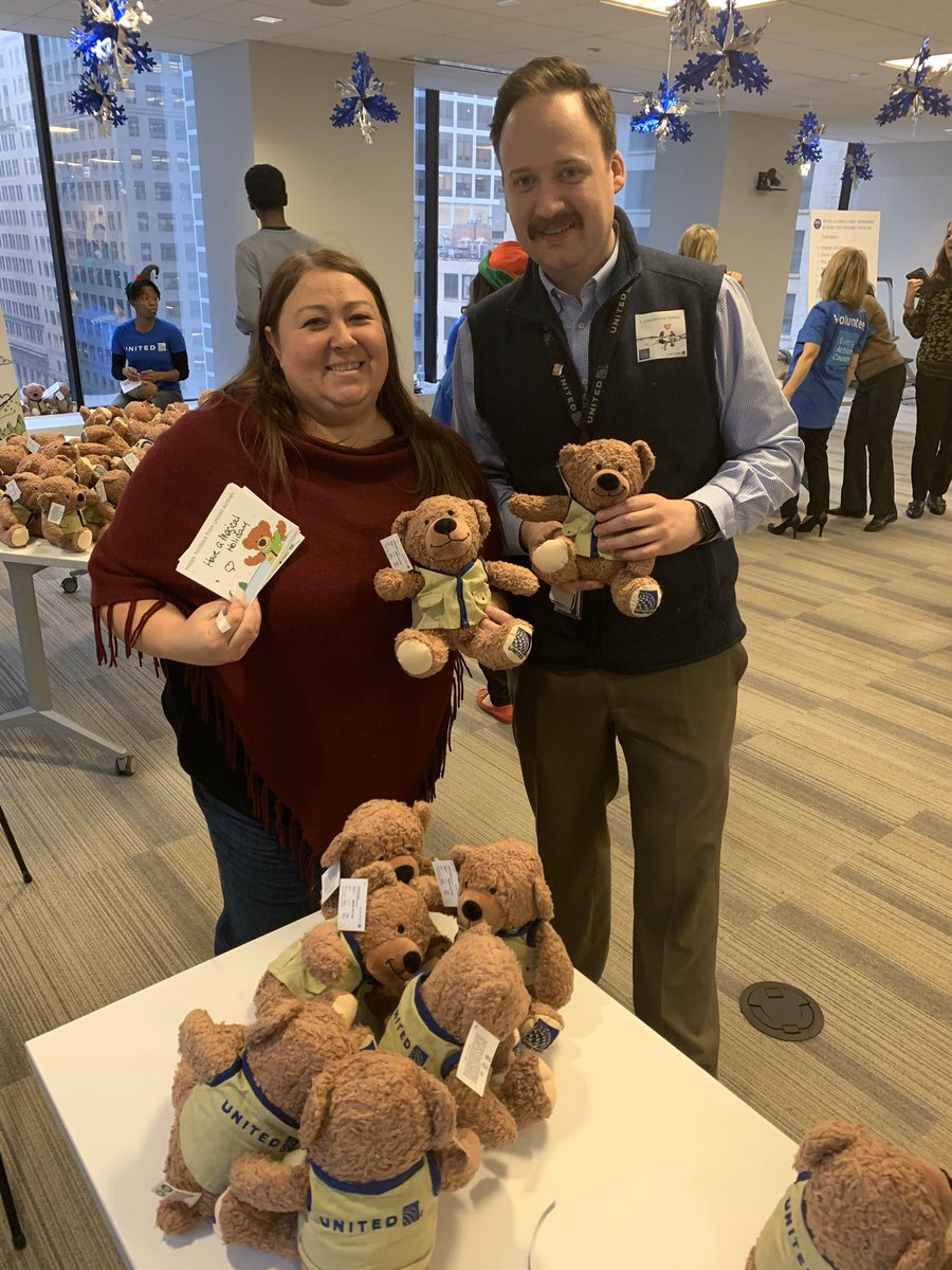 Ben Flyin had special elves write inspirational messages. Solutions and Recovery team brought their big hearts in hopes of creating many big smiles for special children. @weareunited @bcstoller_ual @Jmalig