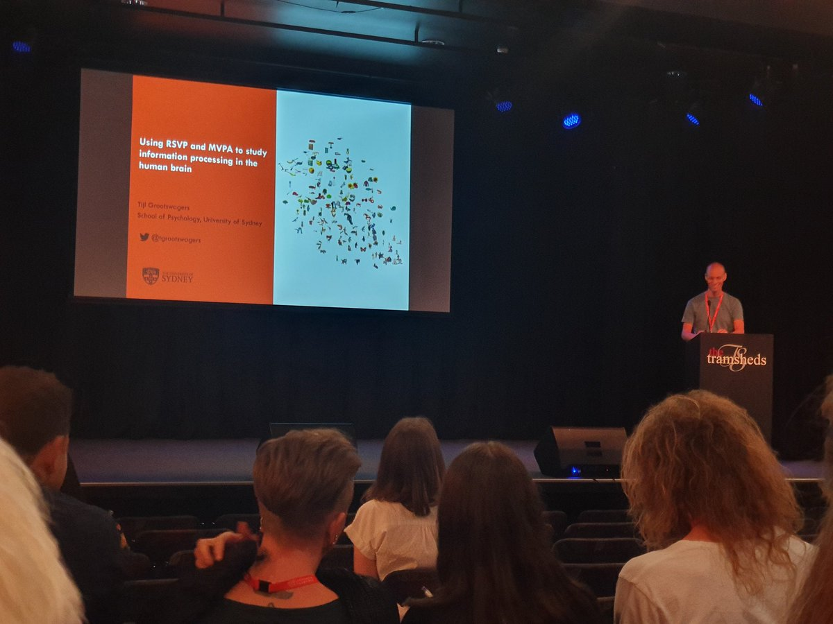 Emerging Researcher Award winner @TGrootswagers on now #acns2019<br>http://pic.twitter.com/iHUkUzSHtm