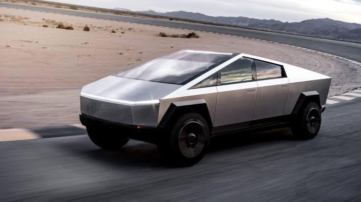 Cybertruck, el nuevo vehículo futurista de Tesla EJ9HJOxUwAYqDCF?format=jpg