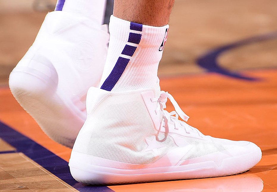 Super clean @KELLYOUBREJR! #NBAKicks