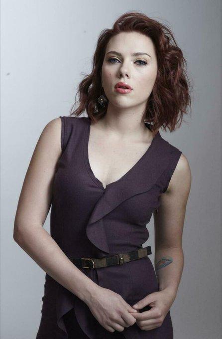 Happy Birthday to Scarlett Johansson !