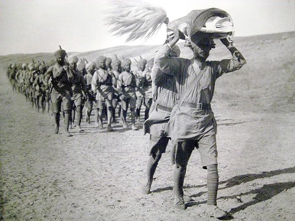 We are the Sikhs We march with our living Guru, Shri Guru Granth Sahib We march proudly wearing our turbans high We march for the good of all mankind  We marched for freedom in the wars #RemembranceSunday https://t.co/jaOS6lzyqW