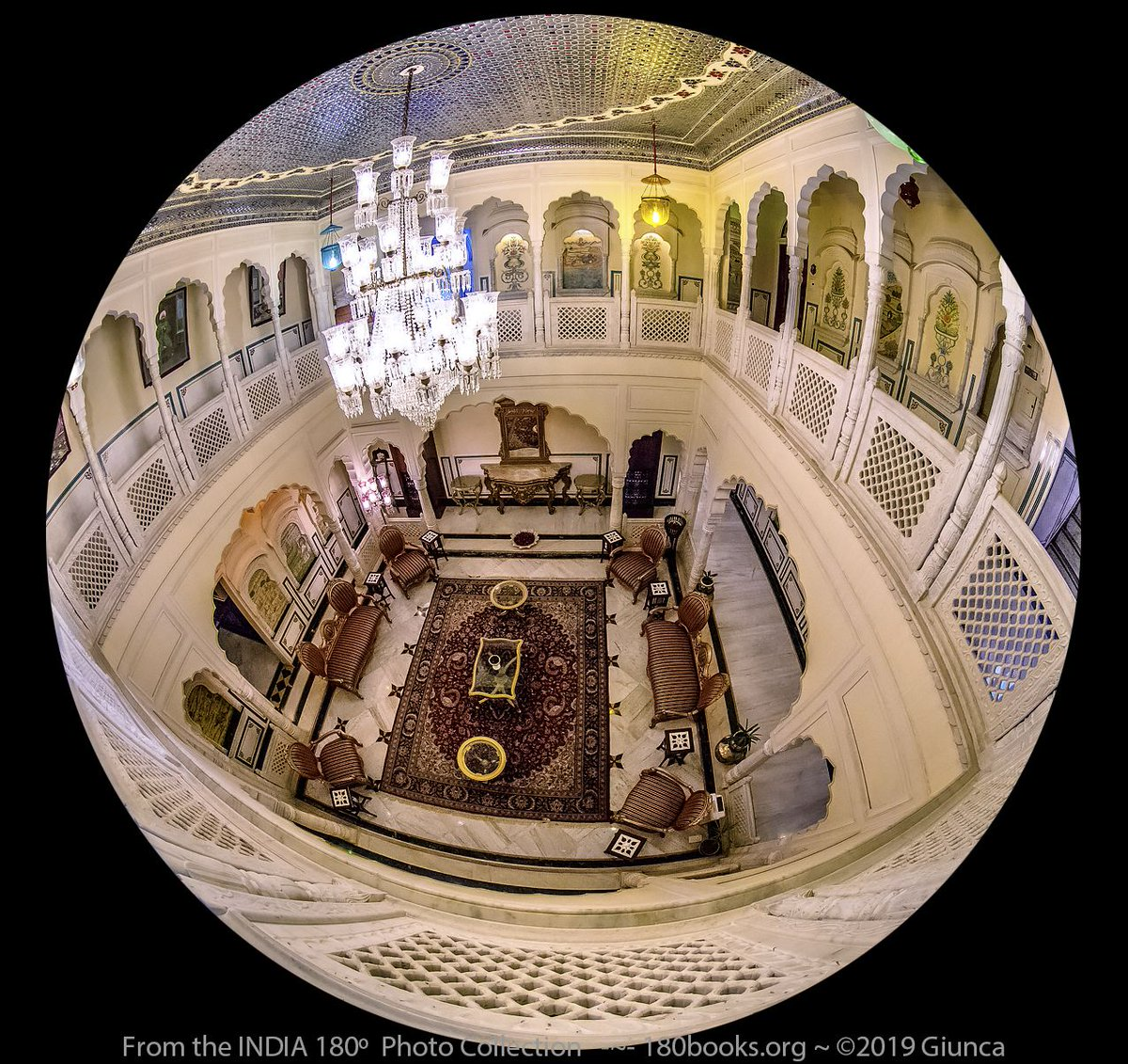 #INDIA180º #PhotoOfTheDay: Hotel Common Area Sitting Room ~ India -Not only is the scenery in India amazing, the heritage hotels are reasonably priced and palatial! #IncredibleIndia #180books #dailyphoto #ThePhotoHour @HapyIndia #FotoRshot #BacklightWorld #InteriorDesign