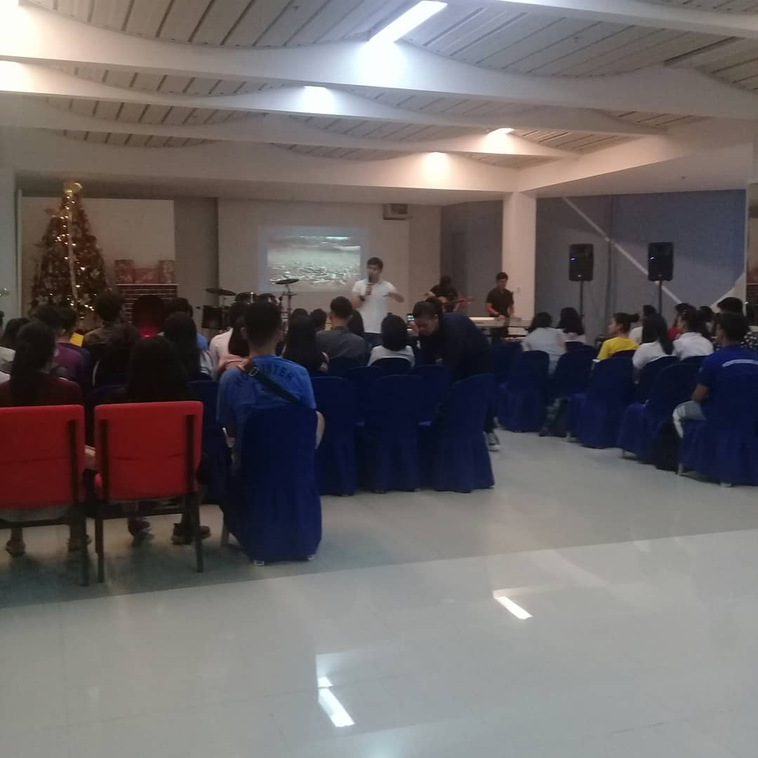 "JRM Zeal Youth Service 2019 ""Nothing in this world will satisfied, but Jesus can satisfy your life"". Pastor Karl Bequillo #JRMZealYouthMinistry #BlessedFriday #LateUpload<br>http://pic.twitter.com/t2nEzNE0Hn"
