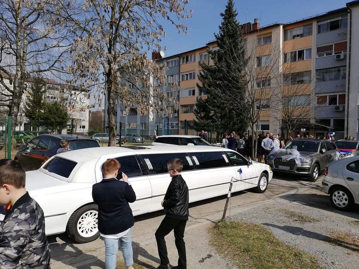 10.11.2019 #tekirdag da Limuzin gelin arabası  #Moltur #limuzin #kiralama farkı ile tlf. 0553 1791518 https://t.co/muUrFxVKdF