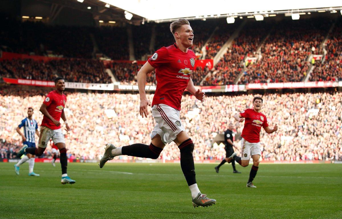 Man Utd 2-0 Brighton HT: ⚽️ Pereira ⚽️ Propper (OG) Ole Gunnar Solskjaers lead at the break through two quickfire goals.
