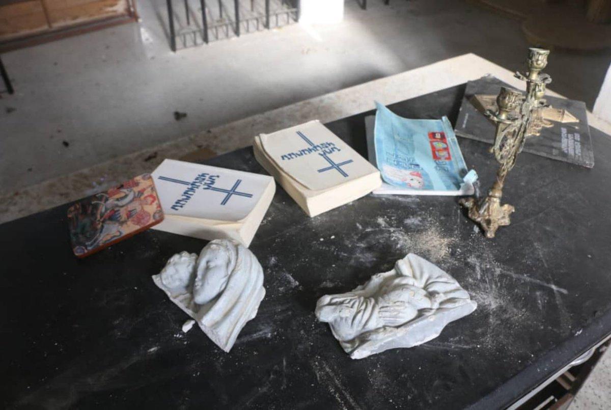 Протурецкие террористы разграбили армянскую церковь в Сирии. Фоторяд
