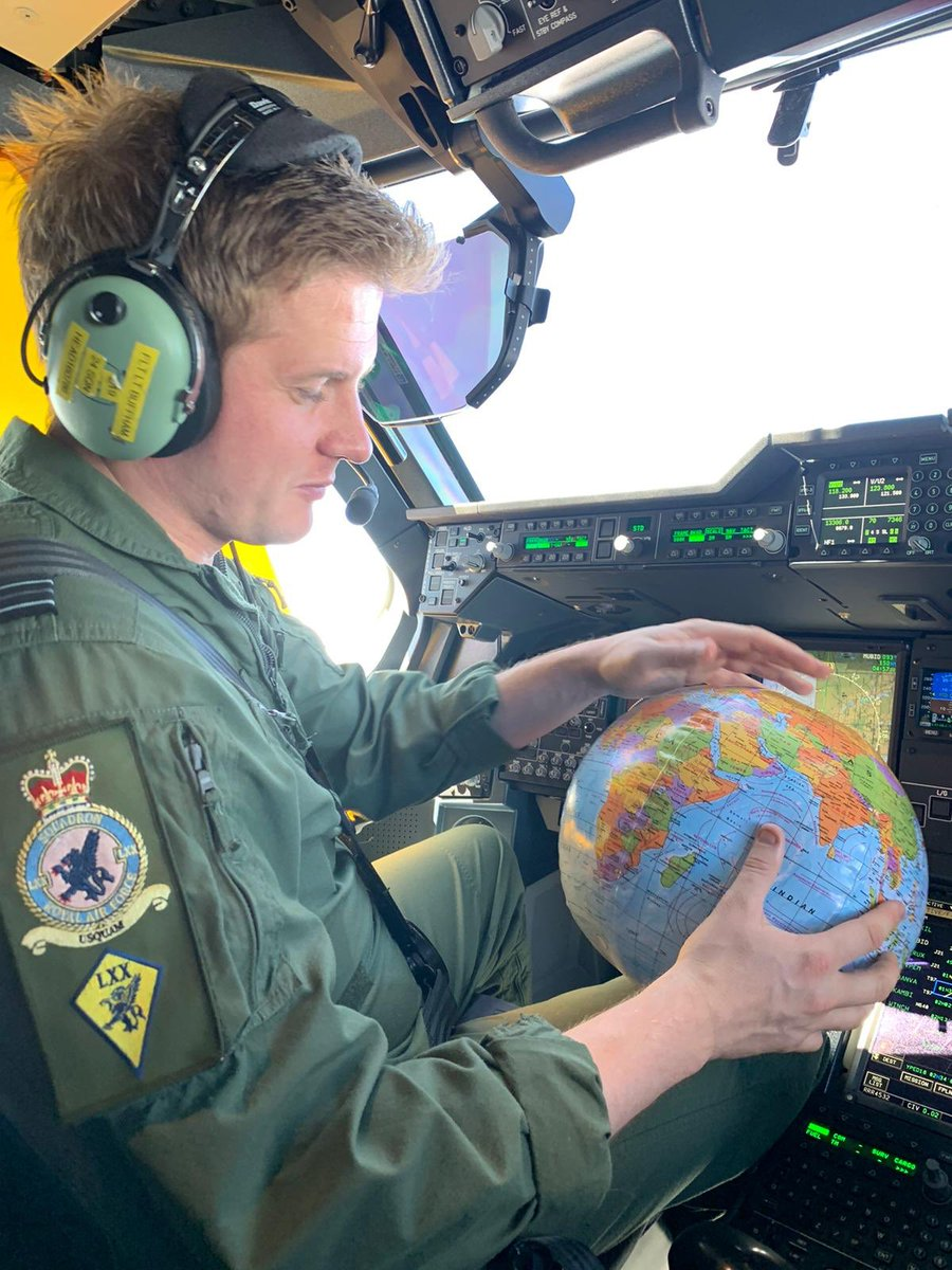 Although we are blessed with some state of the art navigation equipment on the #A400M Our back up systems are still very traditional! #globetrotter #Airbus #Noordinaryjob #aviationphotography #AvGeek #pilotlife #topgun #worldwide #aviationdaily https://t.co/eNTVdlnkMW