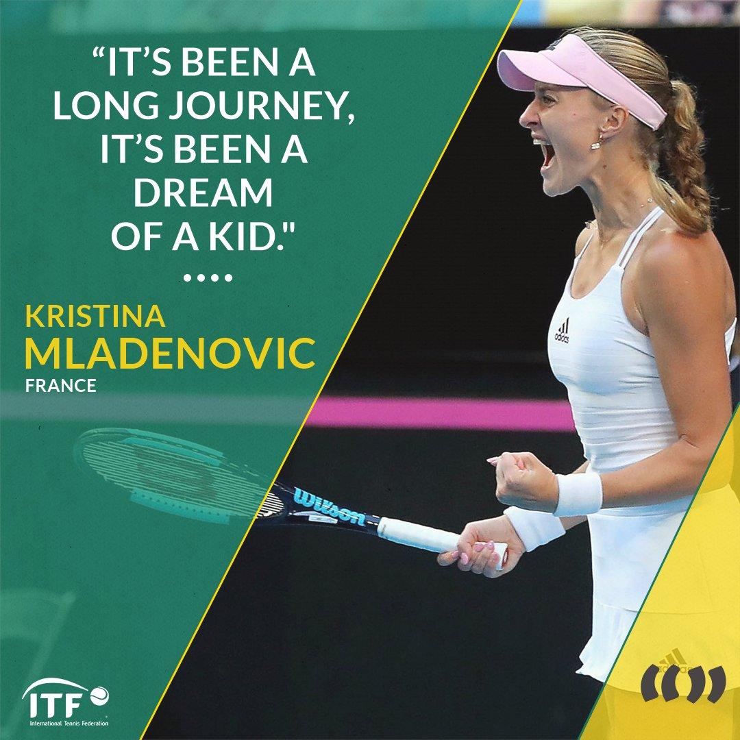 Kristina Mladenovic @KikiMladenovic