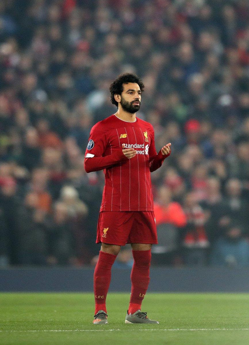 Mohamed Salah acaba de alcanzar los 80 GOLES OFICIALES con la camiseta del Liverpool. Sin ser centrodelantero, lo consiguió en 121 partidos. TREMENDO.