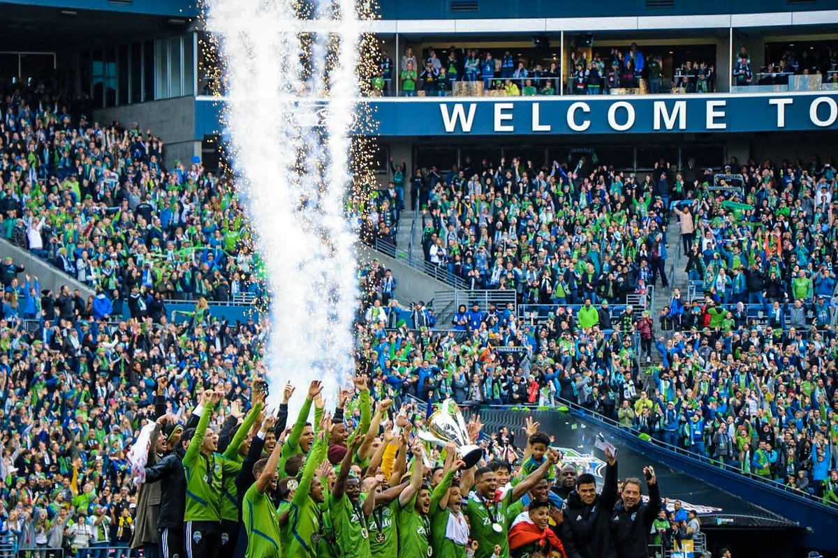 YOUR 2019 MLS CUP CHAMPIONS🏆 We love you @SoundersFC 💚💙
