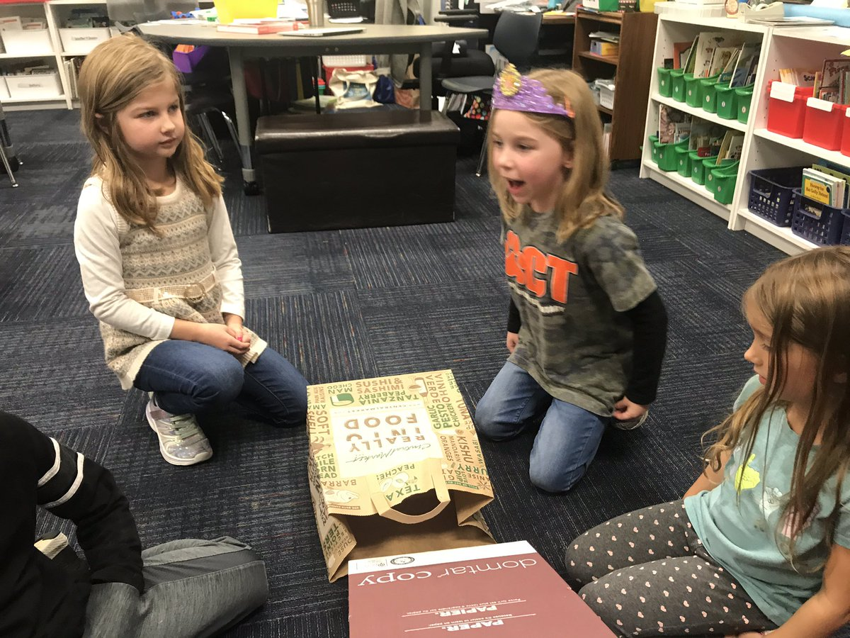 """Lots of learning with our """"Runaway Pumpkin"""" challenge on #NationalSTEMDay!           Planning, collaborating, building,  testing, redesigning, retesting. 2 groups came up with ways to stop their pumpkin. #OCT4U<br>http://pic.twitter.com/S962bmVFnJ"""