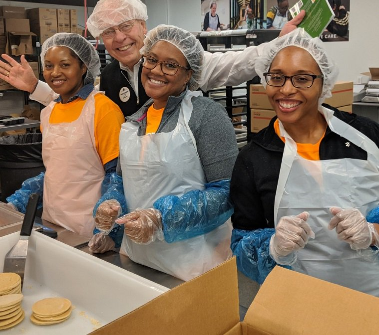 test Twitter Media - Lions and @AnthemInc volunteers packed meals for distribution at @OpenHandAtlanta, working to #EndHunger in their community. Thank you, Lions and @AnthemFDN! #AnthemCares #WeServe https://t.co/SXbjjPKlAO