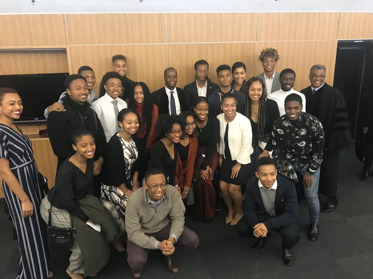 Today was a special day at @HowardUChapel  as we remembered the life and legacy of The Honorable Elijah E. Cummings. Thanks to the @HowardU  community, student leaders, and members of Cabinet & Deans for worshiping with us on this Sunday. #SundaysAreForChapel
